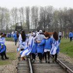 בית המשפט הורה להקפיא את המכרז למסעות בני נוער לפולין