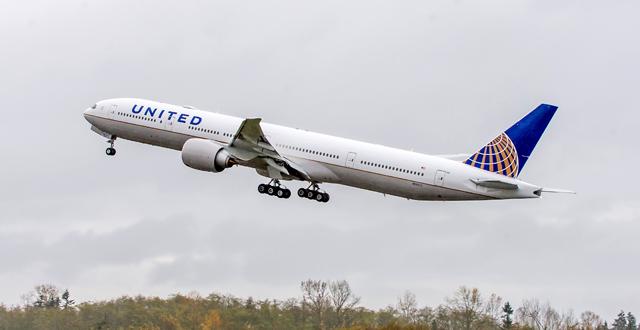 מטוס בואינג 777-300 של יונייטד איירליינס. צילום יחצ