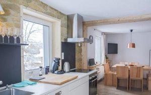 דירות אותנטיות של אנשים ששופצו על ידי חברת Cuckoos Nests והפכו לדירות נופש טיפוסיות. צילום אתר אינטרנט