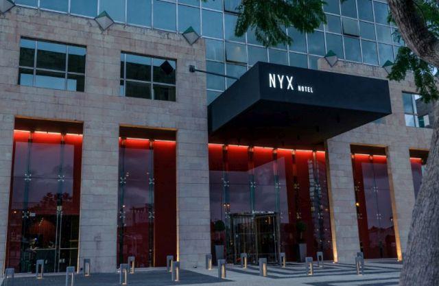 מלון ניקס מרשת פתאל בתל אביב. דוגמה להסבה מוצלחת. צילום איה בן עזרי