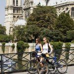 פריז היא העיר האהובה ביותר על התיירים