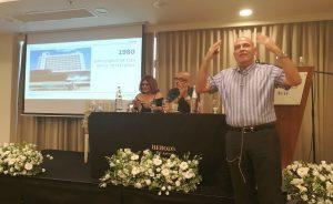 דוד פתאל מספר על תחילת דרכו באירוע של סקול תל אביב. צילום עירית רוזנבלום