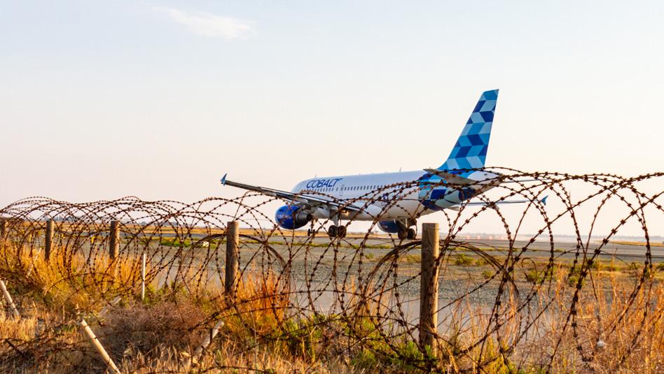 קובלט אייר משפרת את חווית הטיסה. מטוס החברה בלרנקה. צילום Depositphotos
