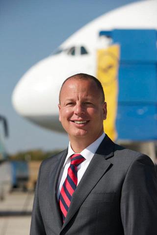 """עופר קיש, מנכ""""ל קבוצת לופטהנזה בישראל: """"הטיסות יתרמו רבות לתיירות הנכנסת"""". צילום יח""""צ"""
