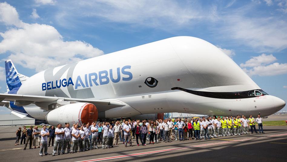 BelugaXL בחברת עובדי יצרנית המטוסים איירבוס. צילום איירבוס
