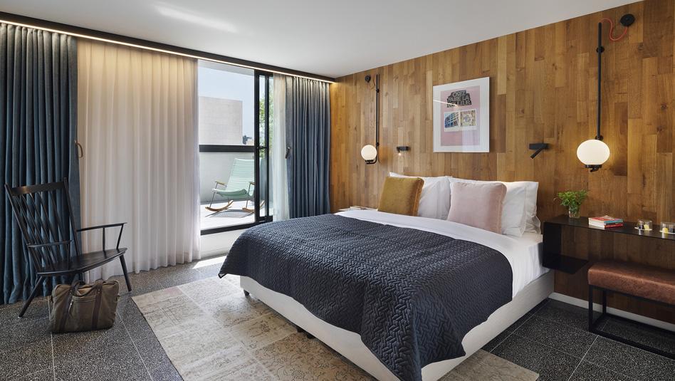 חדר במלון פבריק. צילום אסף פינצ'וק