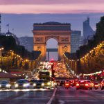 מחירי המלונות בפריז צונחים בעקבות מחאת האפודים הצהובים