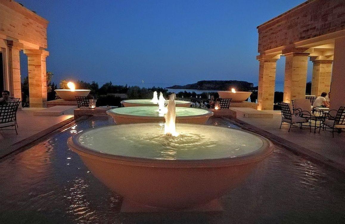 מלון Grecotel חמישה כוכבים בכף סוניון, דרומית-מזרחית לאתונה. מלונות יוקרה מהווים כ-20.5% ממלונות יוון. צילום עירית רוזנבלום