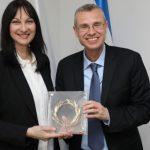 שרת התיירות לשעבר של יוון אלנה קונטורה נבחרה לפרלמנט האירופי