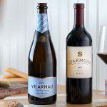אמריקן איירליינס מציעה עודפי בקבוקי יין ללקוחות החברה