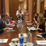 """שרי התיירות של יוון וישראל נפגשו בכנס שנתי של ארגון התיירות הבינ""""ל"""