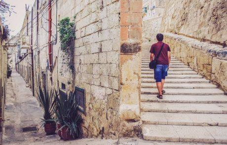 עשור חדש בפתח: עם פחות עודף-תיירות –ועם הרבה טכנולוגיה