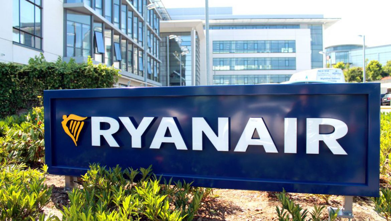 ריינאייר תסגור בקיץ בסיסים בשטוקהולם ובנירנברג בשל מחסור במטוסים
