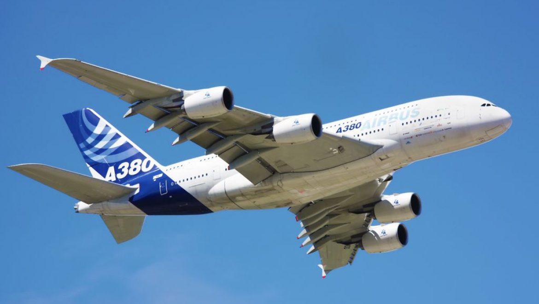 סוף עידן: שני מטוסי איירבס A380 נשלחו לגרוטאות