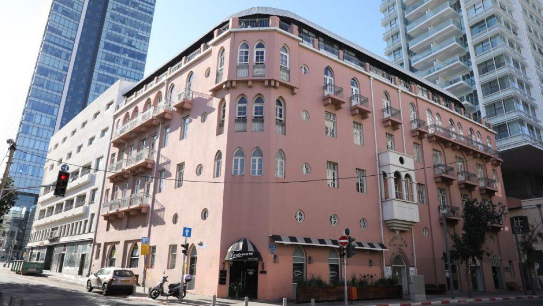 """רשת פתאל רוכשת את הבניין ההיסטורי """"מלון פלטין"""""""