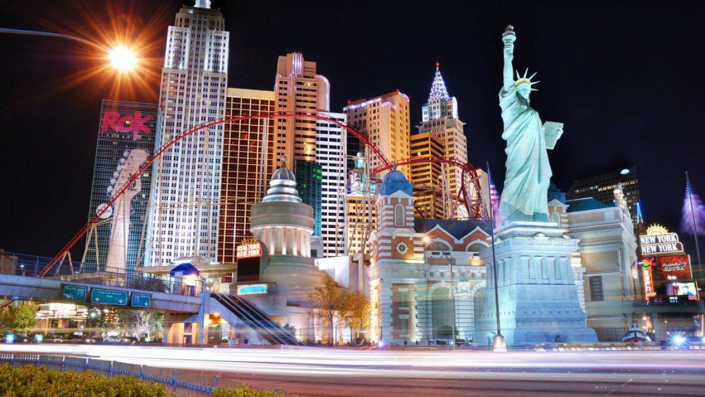 """אקספדיה נגד """"מס הריזורט"""" של המלונות באזורי נופש בעולם"""