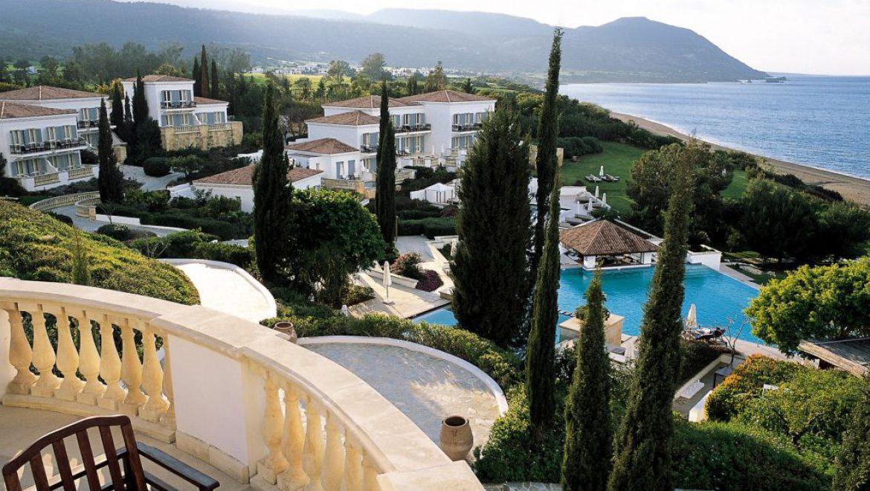 מלון אנאסה בקפריסין: הכי רחוק מזירת המועדונים של איה נפה