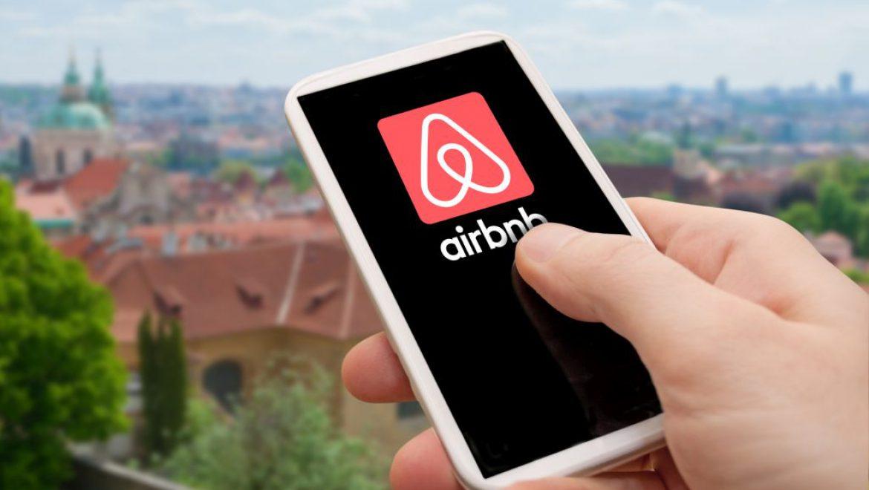 """שיא ל-Airbnb בעולם בסופ""""ש אחד: 4 מיליון לינות"""