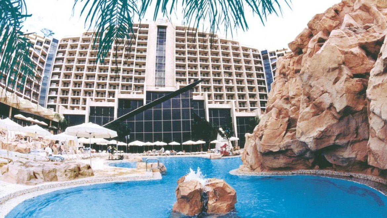 מלון דן אילת נבחר לרשימת 100 מלונות החוף הטובים ב-HOTELS.COM