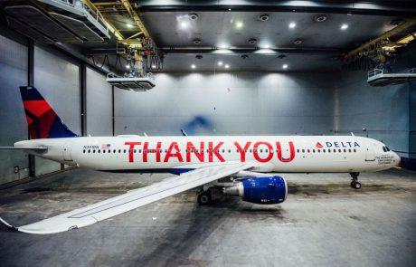 דלתא חשפה בסוף השבוע מטוסעליו נרשמו המיליםThank You