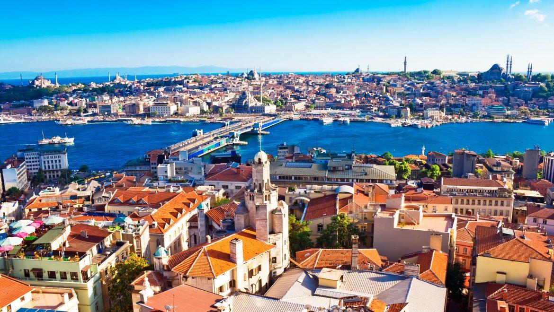 טורקיה מציבה יעד: מ-40 מיליון תיירים ב-2018 ל-48 מיליון ב-2019