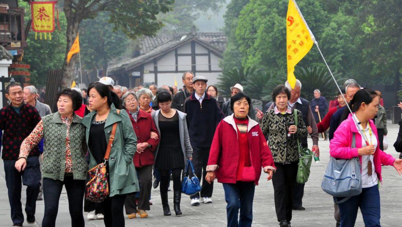 """2018: מספר התיירים מסין עלה וזה של ארה""""ב ירד"""