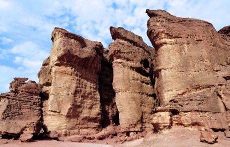 אדם טבע ודין: תקודם חלופה למלון בעמק ססגון