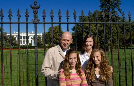 """ארה""""ב מגששת את דרכה בחזרה לארגון התיירות העולמי"""
