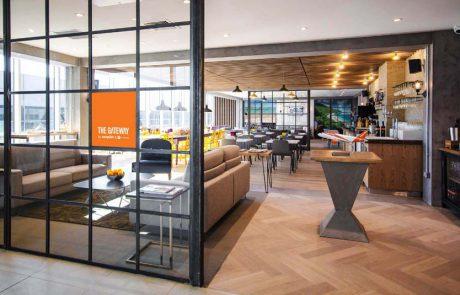 איזי ג'ט משיקה את הטרקלין הראשון שלה בנמל התעופה לונדון גטוויק