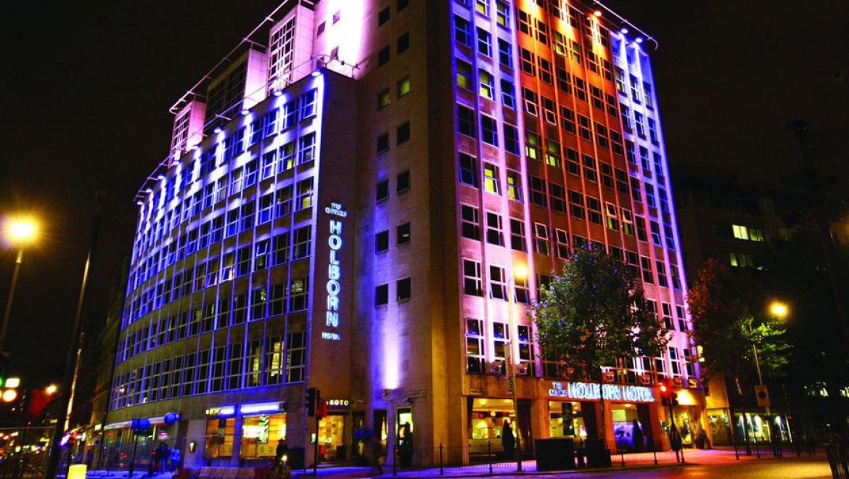 רשת מלונות פתאל שוכרת 4 בתי מלון בלונדון