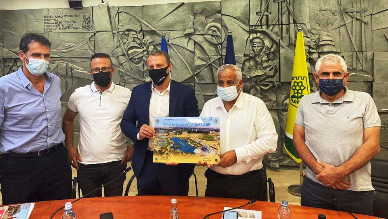 """יואל רזבוזוב: """"אקדם את פרויקט 'פארק הפלאים' בדימונה, מול הממשלה"""""""