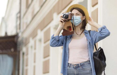 מתיירות עולמית לתיירות מקומית, השפעת נגיף הקורונה