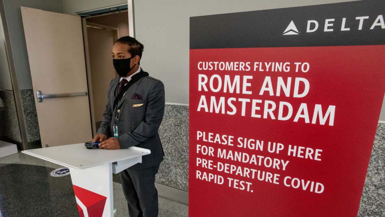 סיכויי ההדבקה של נוסעים במטוסים עומדים על 0.01%