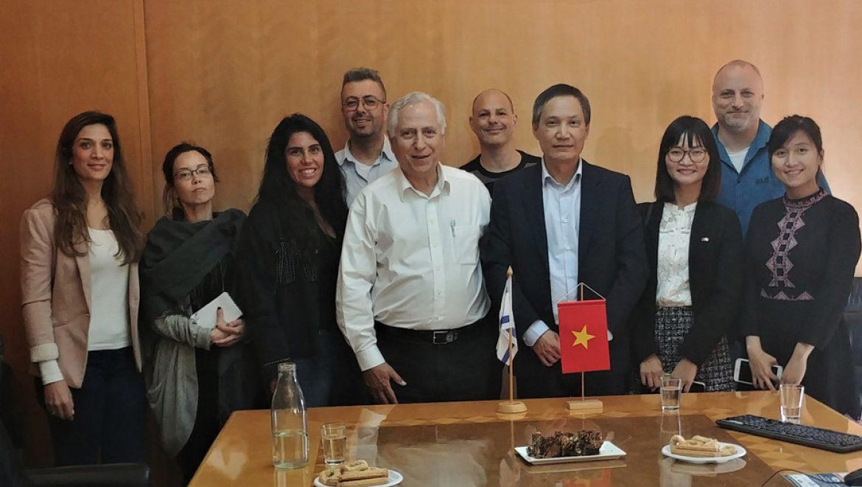 שגריר וייטנאם בישראל ביקר במשרדי אופיר טורס
